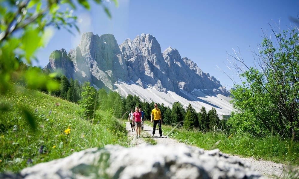 Wanderurlaub Dolomiten - Zu Fuß durch das Villnösser Tal