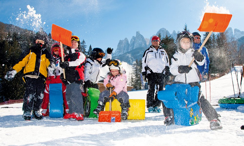 Im Winterurlaub in den Dolomiten nach Herzenslust Skifahren